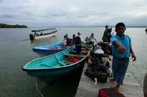 Loading the boats in Almirante